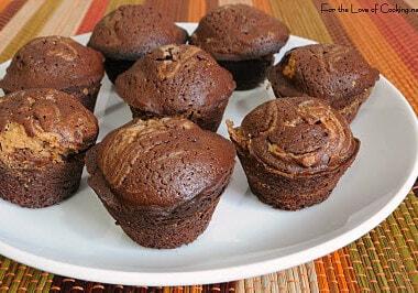 Peanut Butter Swirl Mini Brownies