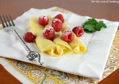 Crepes with Lemon Curd and Fresh Raspberries