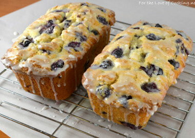 Parade's Community Table ~ 25 Favorite Quick Bread Recipes
