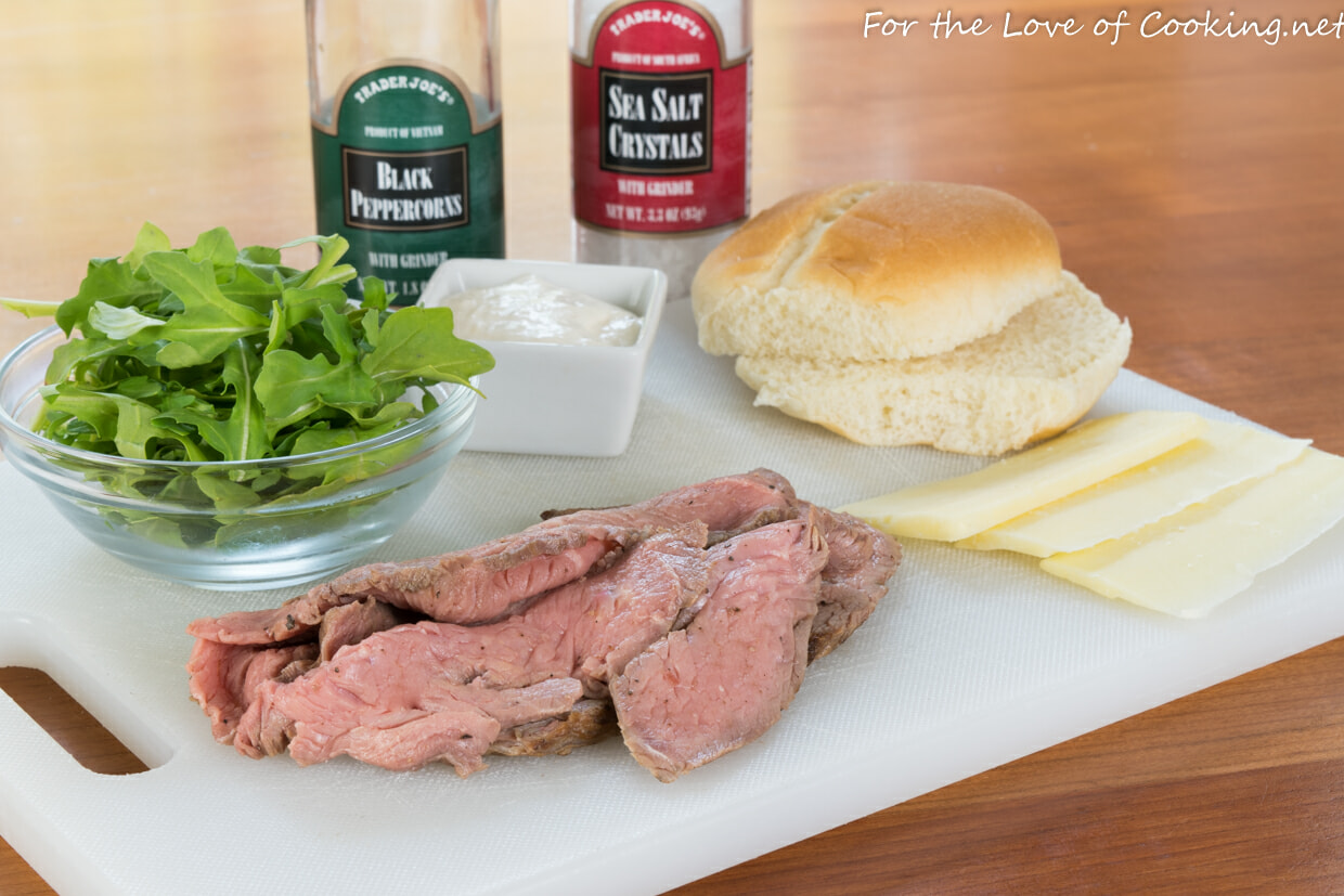Roast Beef Slider with Sharp Cheddar, Arugula, and Horseradish Cream
