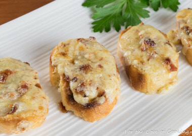 White Cheddar and Bacon Crostini