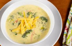 Broccoli Cheese Soup (Copycat Panera)