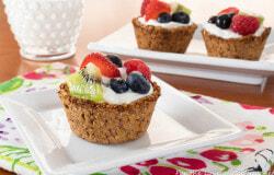 Granola Cups with Yogurt and Fresh Fruit